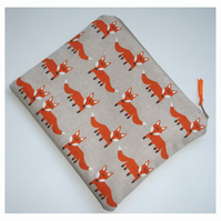 Fox Zipped Coin Credit Card Size Purse Orange Foxes