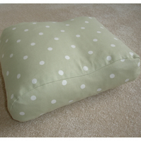 Tempur-Pedic Orignal Travel Neck Pillow Cover Orthopaedic Green Polka Dot