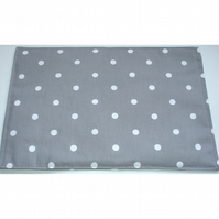 Placemat Grey and White Polka Dot Place Mat