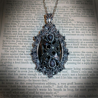Baroque Midnight Pendant