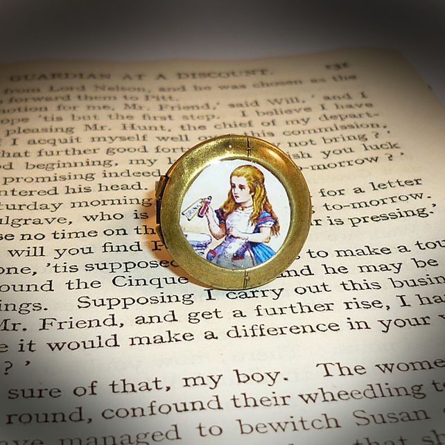 Alice's Secret Locket Ring