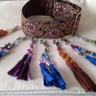 Pretty tassels to add panache to your dog's collar.