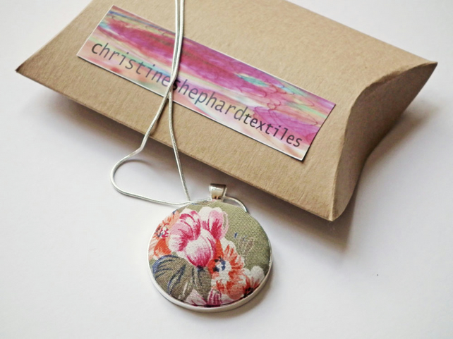 "Necklace, Pendant, Vintage Floral Fabric, Silver-Plated, 18"" Chain, FREE UK P&P"