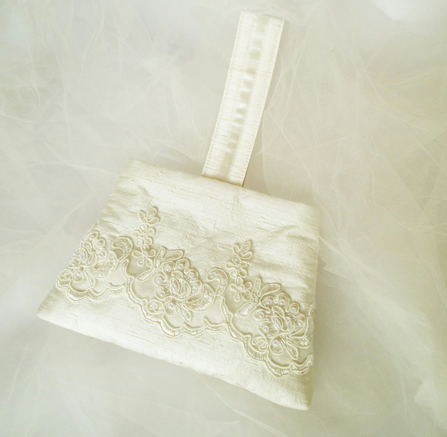 Wedding Bag, Bridal Wrist Purse, Bridesmaids Bag, Ivory Silk, Beaded Lace, OOAK