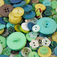 Garden Pond Variety- 100g Mixed Green Buttons