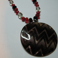 Shell bound - red zigzag