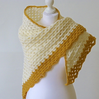Cream crochet triangle shawl, crochet wrap, crochet neckwarmer, wedding wrap