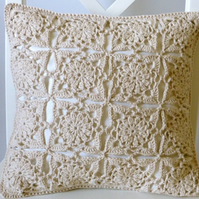 Crochet cushion cover, organic cotton beige removable cushion cover