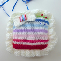 Pincushion, knitted square pincushion, pin tidy, needlework gift