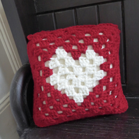 crochet heart cushion cover, Crochet cushion cover, removable cushion cover