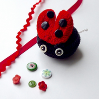 Pincushion, ladybird pincushion, crochet ladybird