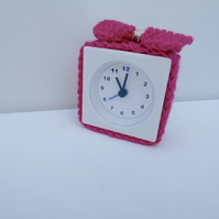 alarm clock cosy in pink, alarm clock cosie, alarm clock cover