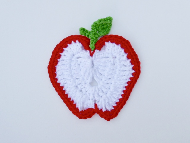 Apple applique motif, crochet applique