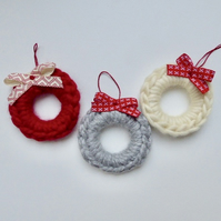 Crochet wreaths, set of three mini wreaths, Christmas tree decorations
