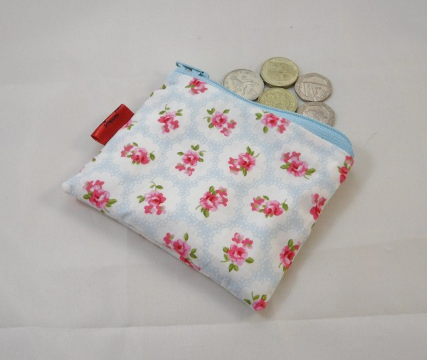 Tiny Elegant Roses Fabric Coin Purse - Free P&P