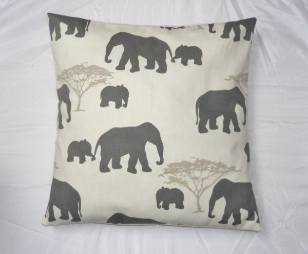 "16"" Elephant Family Cushion Cover - Free UK P&P"