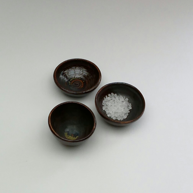 3 Mini Ceramic Bowls