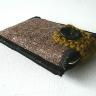 Earth Tunes iPod/Gadget Cozy