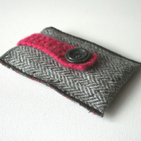 Herringbone iPod/Gadget Cozy