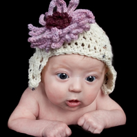 Newborn flap hat with flower