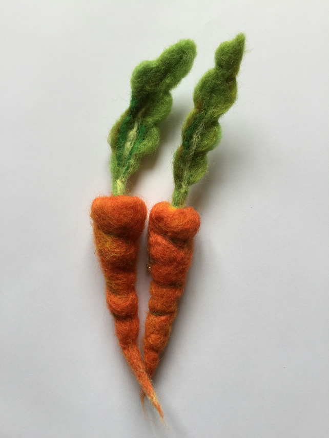 Handmade Needle Felted Carrot Vegetable Brooch Pin Badge Gift