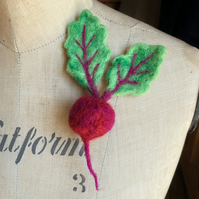 needle Felted handmade BEETROOT brooch pin badge accessory