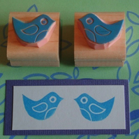 Chirp, chirp - pair of midi Birdie hand carved rubber stamps