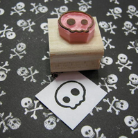 Mini Quirky Skull - hand carved rubber stamp