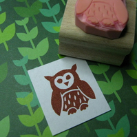 Little Fluffy Owl - Hand carved rubber stamp