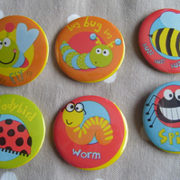 6 Bug theme badges, ideal for party bags