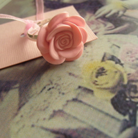 Pale pink cabochon ring