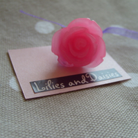 Pink rose cabochon ring