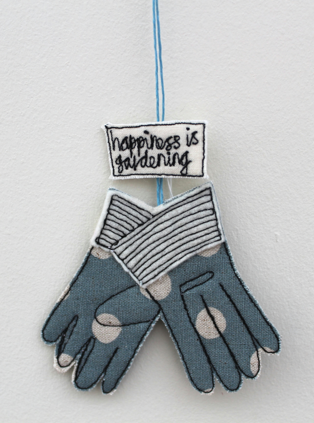 'Happiness is Gardening' - Hanging Decoration