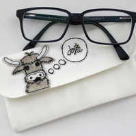 Glasses Case with a Highland Cow - Personalisable