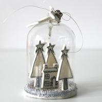'Home for Christmas - Glass Dome Decoration