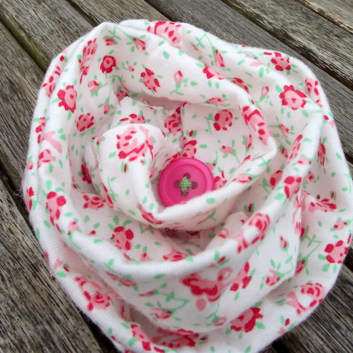 Fabric flower brooch pin