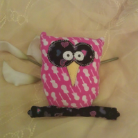 Keepsake guitar owl