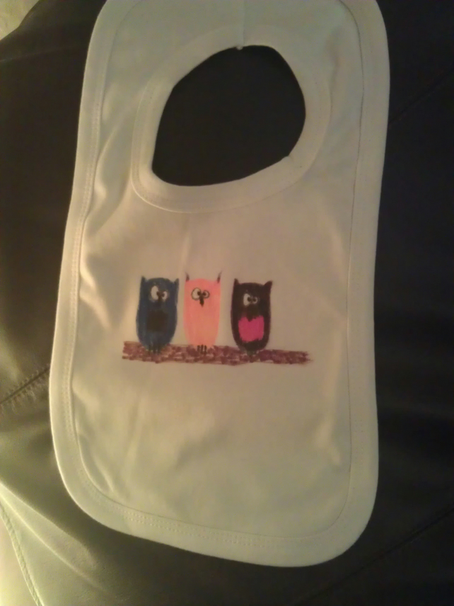 Three owls bib