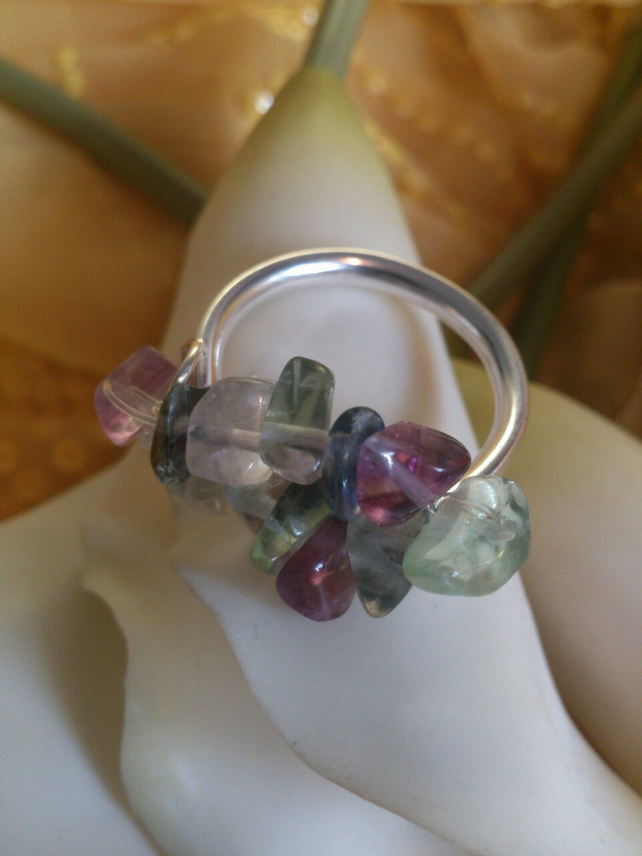 Fluorite elasticated ring