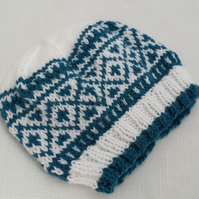 Fairisle Hat - Hand Knitted - White and Teal - 3-6 Months - Boys or Girls Hat