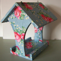 Pretty county rose decoupage indoor birdhouse