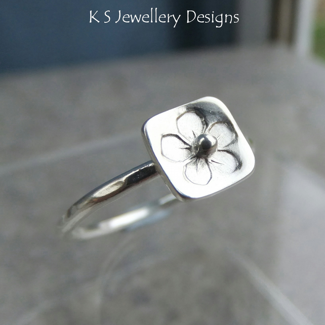 Stamped Flower Square Sterling & Fine Silver Ring V1 - UK size P - US size 7.75
