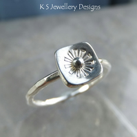 Stamped Flower Square Sterling & Fine Silver Ring V2 - UK size M - US size 6.25