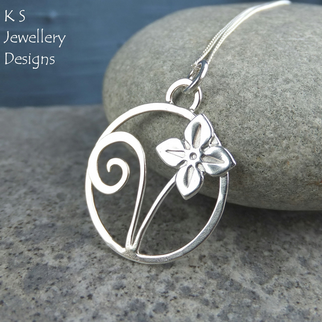 Sterling Silver Circle Pendant - Four Petal Flower & Leaf - Metalwork