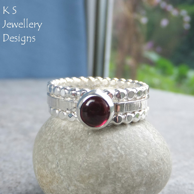 Garnet Sterling & Fine Silver Stacking Ring Trio - UK size S - US size 9.25