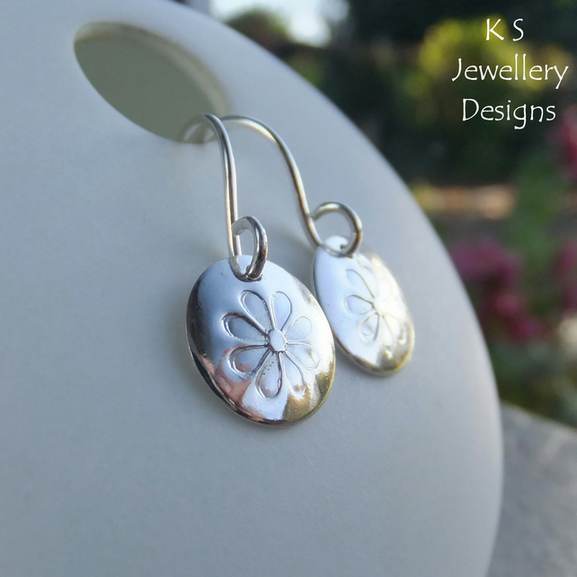 Stamped Daisies Sterling Silver Disc Earrings - Shiny Daisy Flower Jewellery
