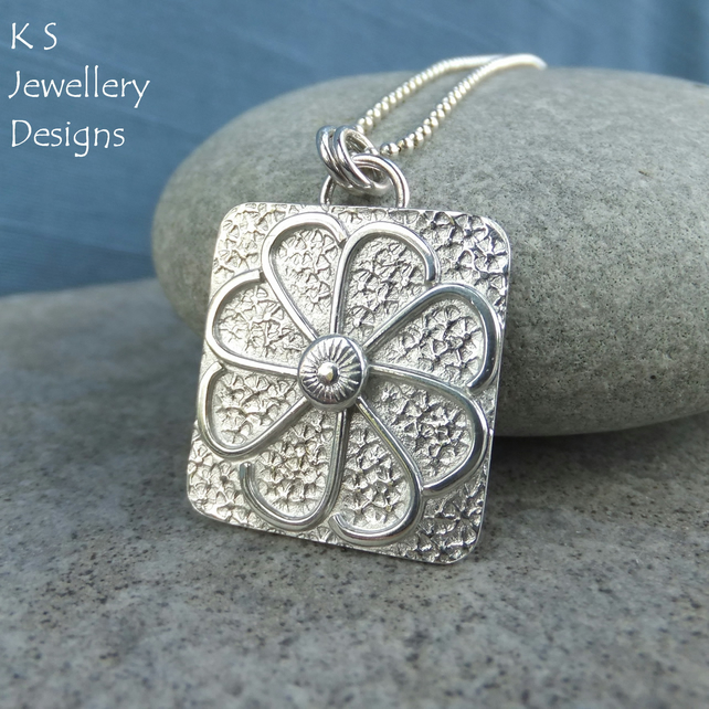 Daisy Textured Square Sterling Silver Pendant - Metalwork Wire Flower Necklace