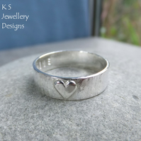 Little Heart - Sterling Silver Bark Texture Ring - Personalised Stamped Message