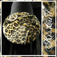 COCKTAIL HAT - TETTY BETTY - Leopard Print Faux Fur Mini Beret with Diamante Buckle