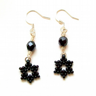 'Falling Star' earrings in black